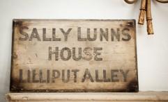 Lilliput Alley