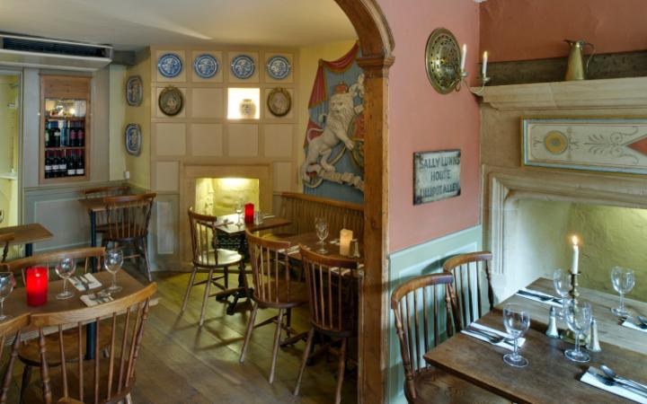 Ground floor refreshment room